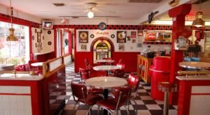 You'll Absolutely Love This 50s Themed Diner In Missouri