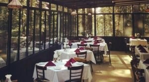 This Magical Restaurant In Northern California Is Hiding Deep In The Middle Of The Forest