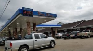 The Best BBQ In Mississippi Actually Comes From A Small Town Gas Station