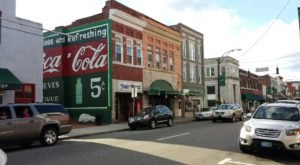 North Carolina's Most Famous Small Town Will Take You Back To Your Childhood