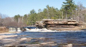 11 Easy And Beautiful Spring Hikes Everyone In Minnesota Will Love