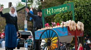 Welcome Spring With A Visit To Iowa's Breathtaking Tulip Festival