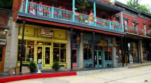 A Visit To Arkansas' Most Artistic Town Will Inspire You
