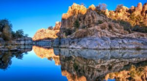 The Otherworldly Landscape Of This Arizona Lake Is Unlike Any Other In The State