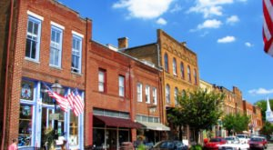 The Tiny Town In Tennessee That's Absolute Heaven If You Love Antiquing