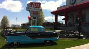 A 50s Themed Diner In Pennsylvania, DJ's Is A Delicious Blast From The Past