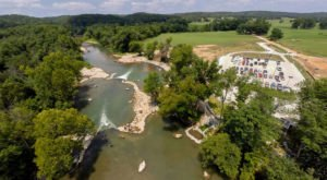 Most People Don't Know There's a Kayak Park Hiding In Arkansas