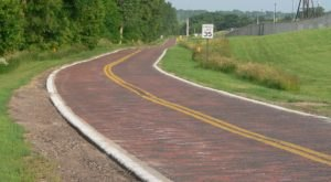 The Longest Remaining Stretch Of The Lincoln Highway Is In Nebraska And You'll Want To Drive It