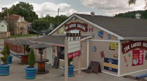 The Beach-Themed Restaurant Near Cincinnati Where It Feels Like Summer All Year Long