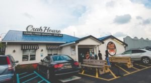 Eat At These 7 Crab Shacks In Delaware As Soon As They Open For The Season