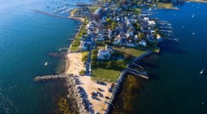 The Tiny Beach Town In Connecticut You've Never Heard Of But Need To Visit