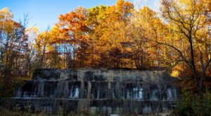 These 9 Cleveland Hiking Trails Lead To Some Incredible Pieces Of History