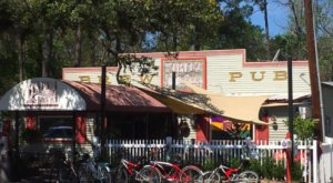 This Small Town Louisiana Pub Has Some Of The Best Food In The South