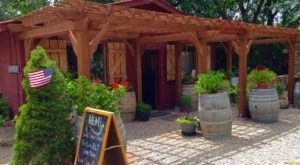 8 Small Town Wineries In Arizona You'll Want To Explore