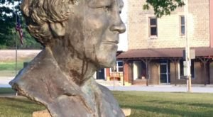 You'll Fall In Love With This Tiny Missouri Town With A Rich Literary History