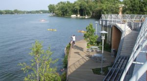 The Inland Lake Hike In Michigan That Will Make Your Spring Complete