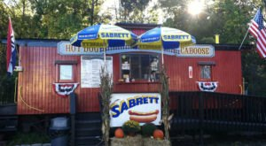 You'll Have Loads Of Fun Visiting This Hot Dog Caboose In New Jersey