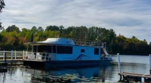 Get Away From It All With A Stay In These Incredible Minnesota Houseboats