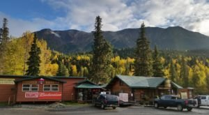 The Remote Cabin Restaurant In Alaska That Serves Up The Most Delicious Food