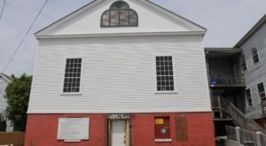 Most People Don't Know That This House In Maine Was An Important Part Of The Underground Railroad