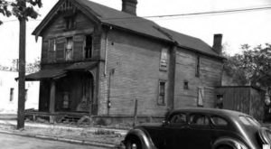 10 Eerie Photos Of Cleveland's Abandoned Buildings From The 1900s That Are Downright Ghostly