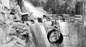 10 Rare Photos Taken During The Hoover Dam Construction That Will Simply Astound You