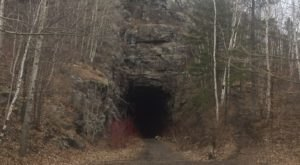 This Amazing Hiking Trail In Minnesota Takes You Through An Abandoned Train Tunnel