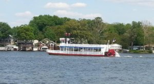 Spend A Perfect Day On This Old-Fashioned Paddle Boat Cruise In Indiana