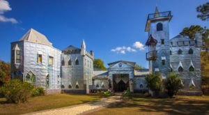 A Whimsical Restaurant In Florida, Solomon's Castle Is Simply Enchanting