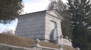 This Roadside Mausoleum In Vermont Is Downright Chilling