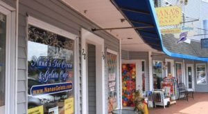 The Old-Fashioned Ice Cream & Candy Shop In Rhode Island That's Simply To Die For