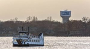 The One Of A Kind Ferry Boat Adventure You Can Take In Iowa