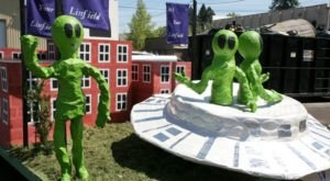 You Won't Want To Miss This One-Of-A-Kind, Wacky UFO Festival In Oregon