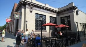 This Restaurant In Wisconsin Used To Be A Bank And You'll Want To Visit