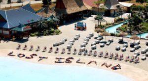 The Only Place Where You Can Have A Tropical Vacation Without Ever Leaving Iowa