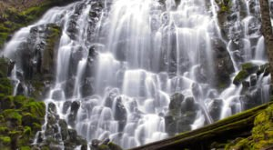 Here Are The 9 Most Enchanting Waterfall Hikes In All Of Oregon