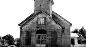 The Tiny Town Near Nashville With A Terribly Creepy Past