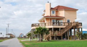 The Tiny Beach Town In Louisiana You've Never Heard Of But Need To Visit