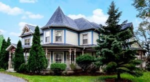This Indiana Dream Home Is A Bed & Breakfast You'll Never Want To Leave