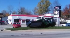 The Hometown Hole-In-The-Wall Restaurant In Indiana That's Attached To A Service Station