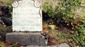 The Story Behind This Ghost Town Cemetery In Alaska Will Chill You To The Bone