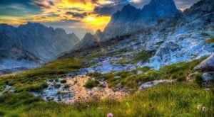 11 Of The Greatest Hiking Trails On Earth Are Right Here In Wyoming