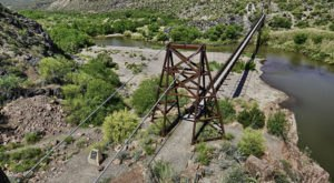 The Beautiful Bridge Hike In Arizona That Will Completely Mesmerize You