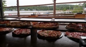 This New Hampshire Pizzeria Will Deliver Pizza Right To Your Boat