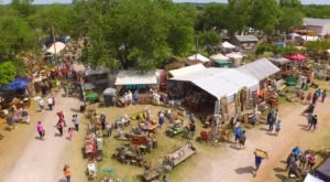 You'll Love This Barn In Oklahoma That Transforms Into Oklahoma's Biggest Vintage Market