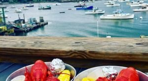 This Amazing Seafood Shack On The Maine Coast Is Absolutely Mouthwatering