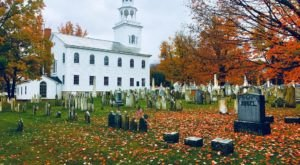 Here Are 11 Of The Most Intriguing Gravesites In Vermont