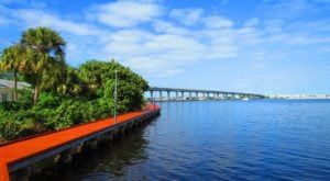 The Magical River Walk In Florida That Will Transport You To Another World