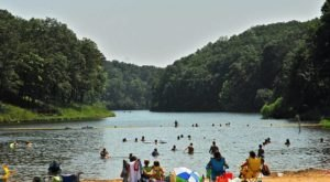 This Secluded Lake In Missouri Might Just Be Your New Favorite Swimming Spot