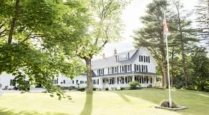 The Inn Nestled On The Shores Of A Hidden Maine Lake Will Be Your New Favorite Destination